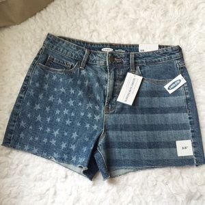 NWT Old Navy US Flags Printed Denim Shorts.